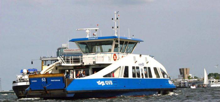 Pak de veerpont naar Amsterdam-Noord