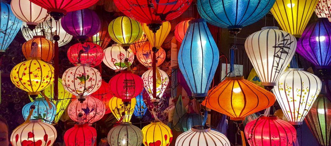 Wereldreis Blog 18 Centraal Vietnam Lampionnen in Hoi An krokodil eten in Nha Trang en poepkoffie drinken in Dalat