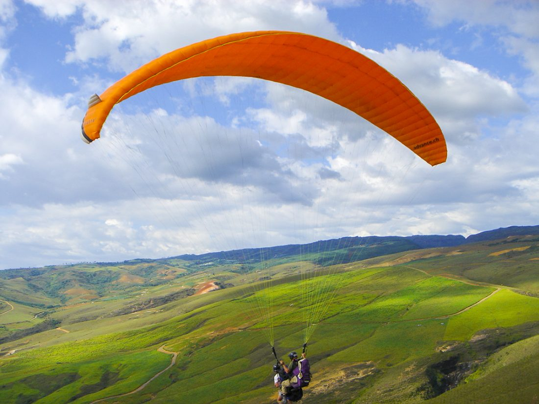 Paragliden over de bergen van San Gil