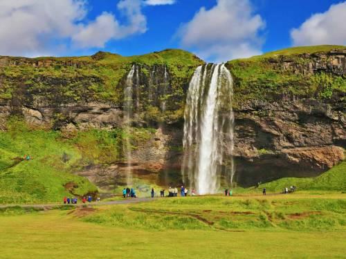 Fly-drive IJsland, puur & compleet 10 dagen - Per huurauto het unieke en overweldigende IJsland verkennen