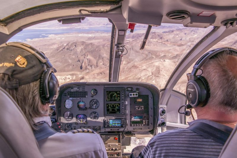 Maak een helikoptervlucht over de Grand Canyon