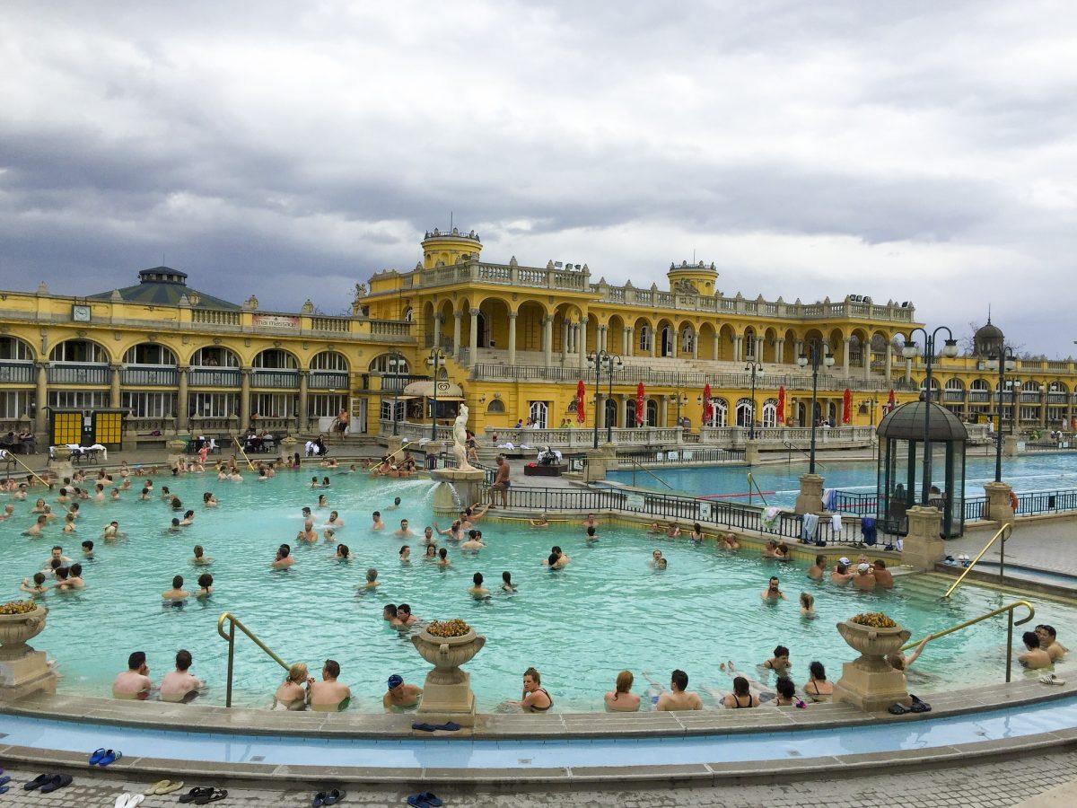 Bezoek tijdens je citytrip Boedapest een thermaal bad