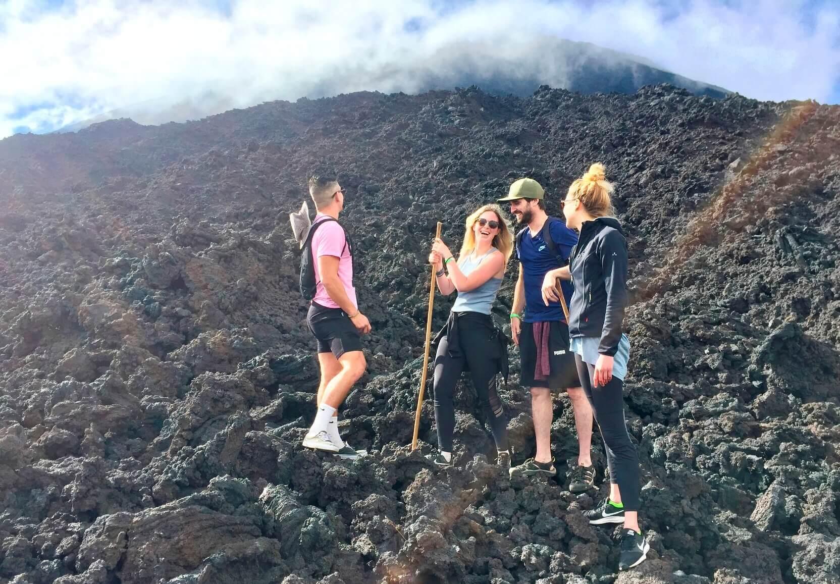 Beklim de vulkaan Pacaya