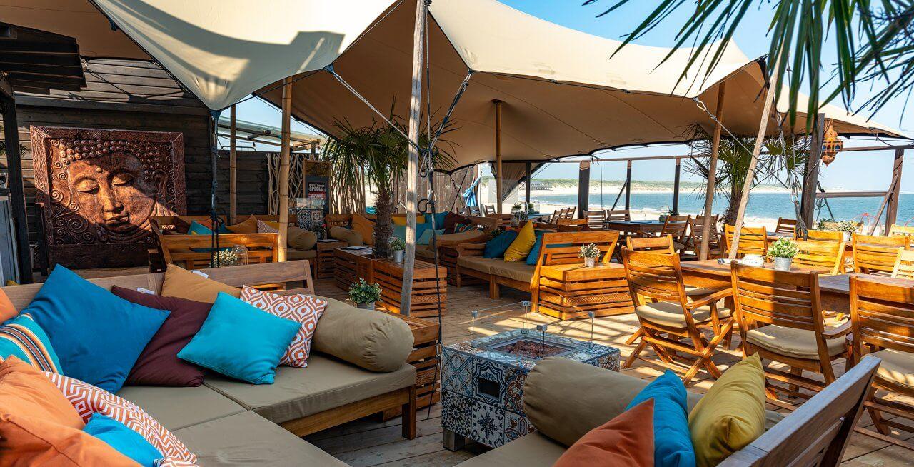 Beachclub Perry's in Zeeland 1